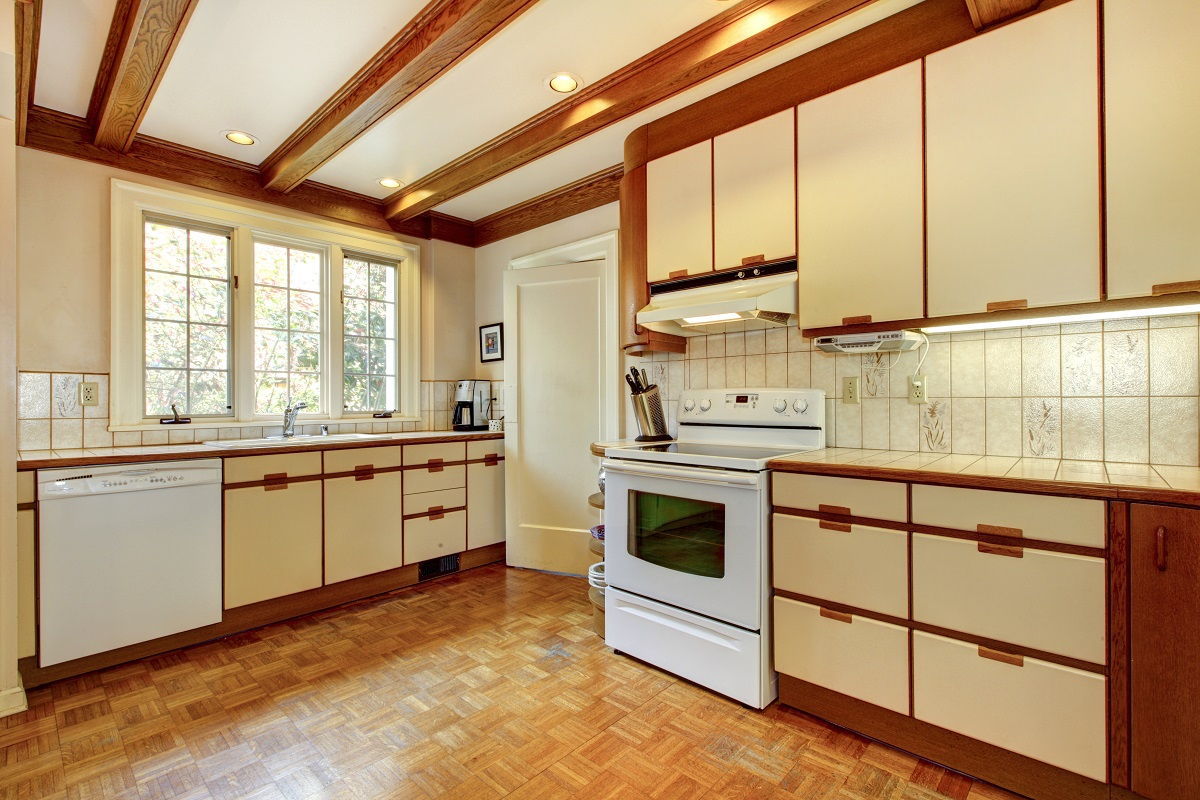 Kitchen Cabinet Color Trends From the Past