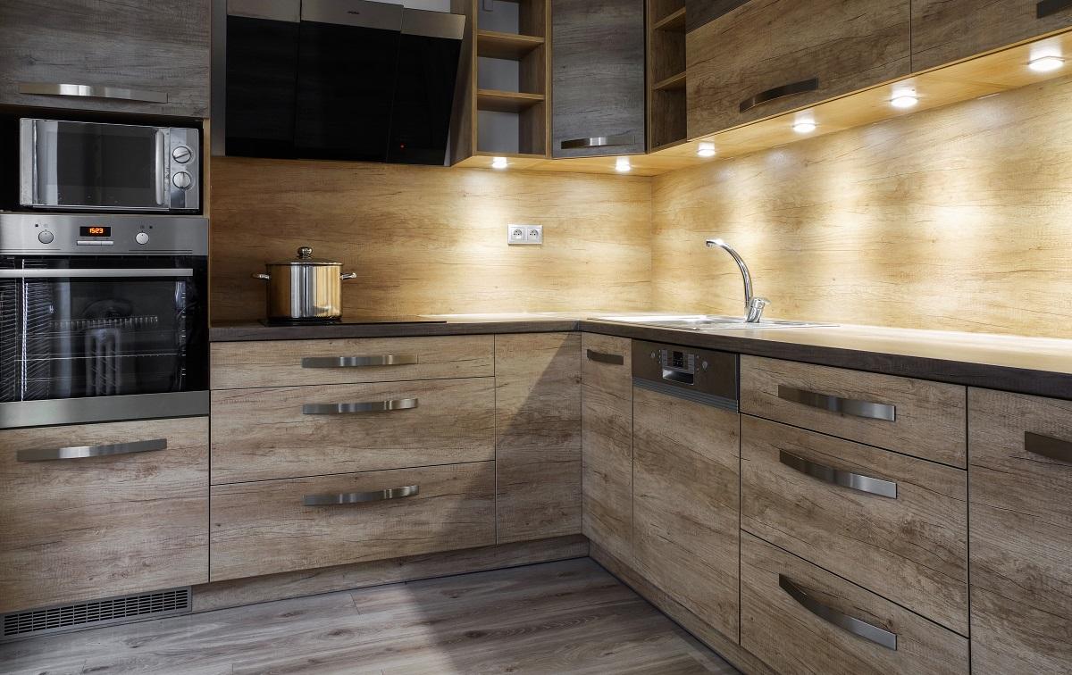 Lighting Kitchen Cabinets