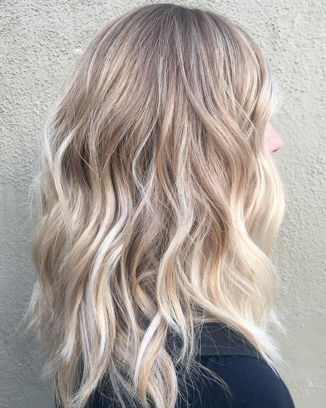 A stunning pre weddig balayage on this beautiful guest. Hair cut and color by Mariah Hottell.
