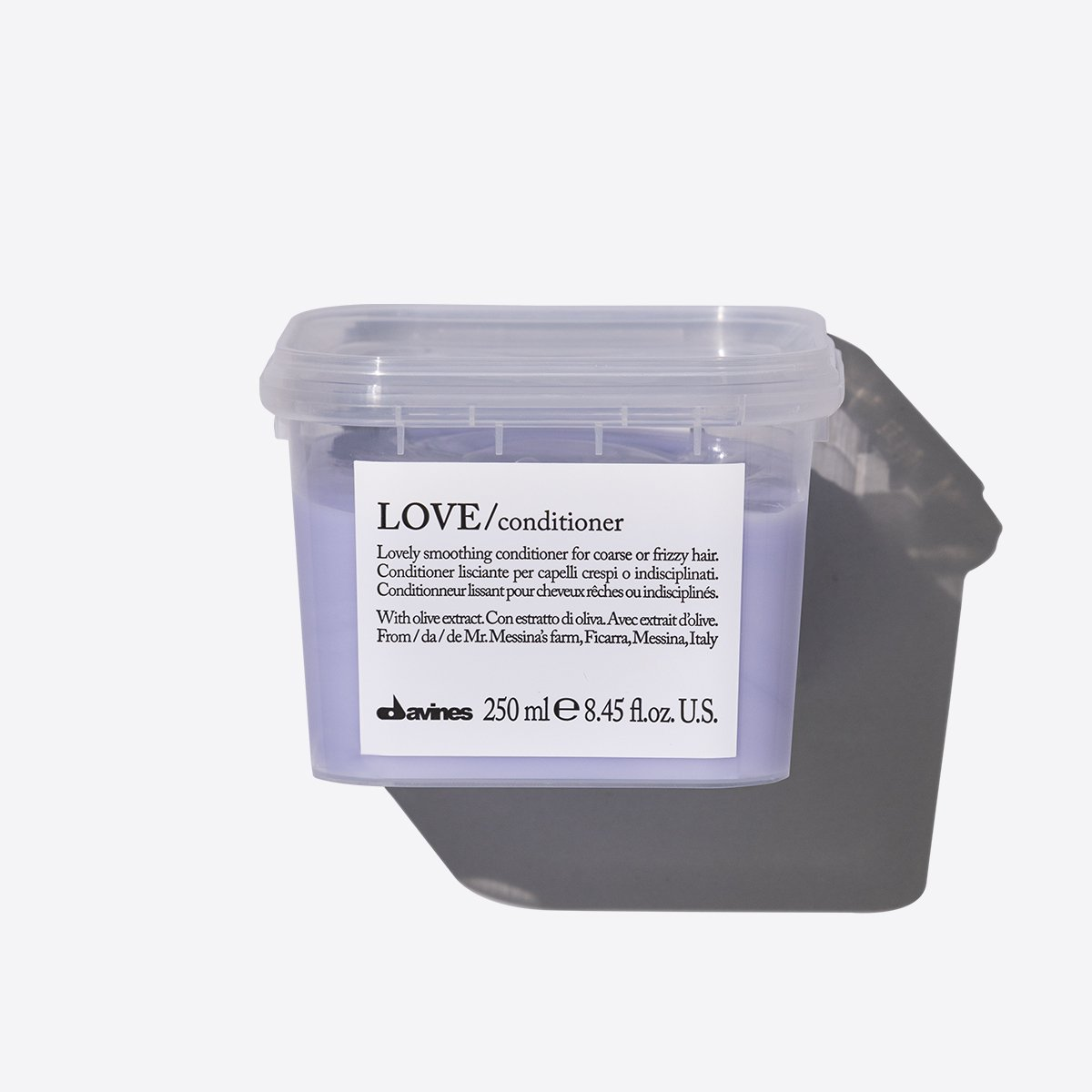 ESSENTIAL HAIRCARE LOVE SMOOTHING Conditioner  250ml