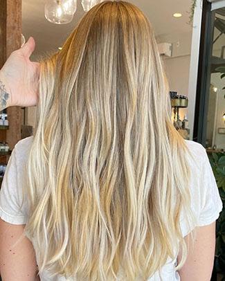 blonde balayage - Sophie