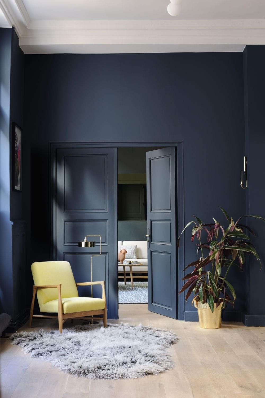 sala parede azul