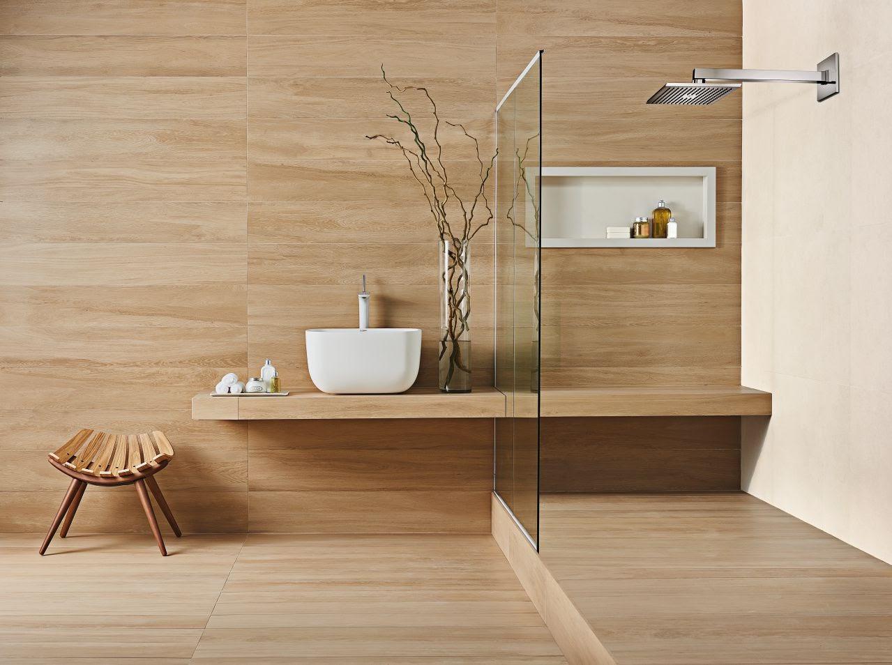 banheiro porcelanato madeira
