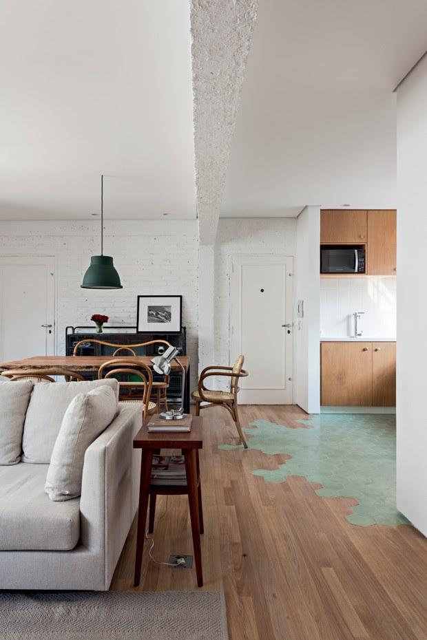 cozinha sala integrada piso revestimento hexagonal verde