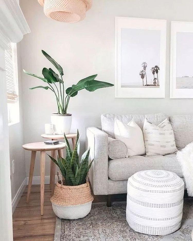 sala de estar cores neutras sofá cinza