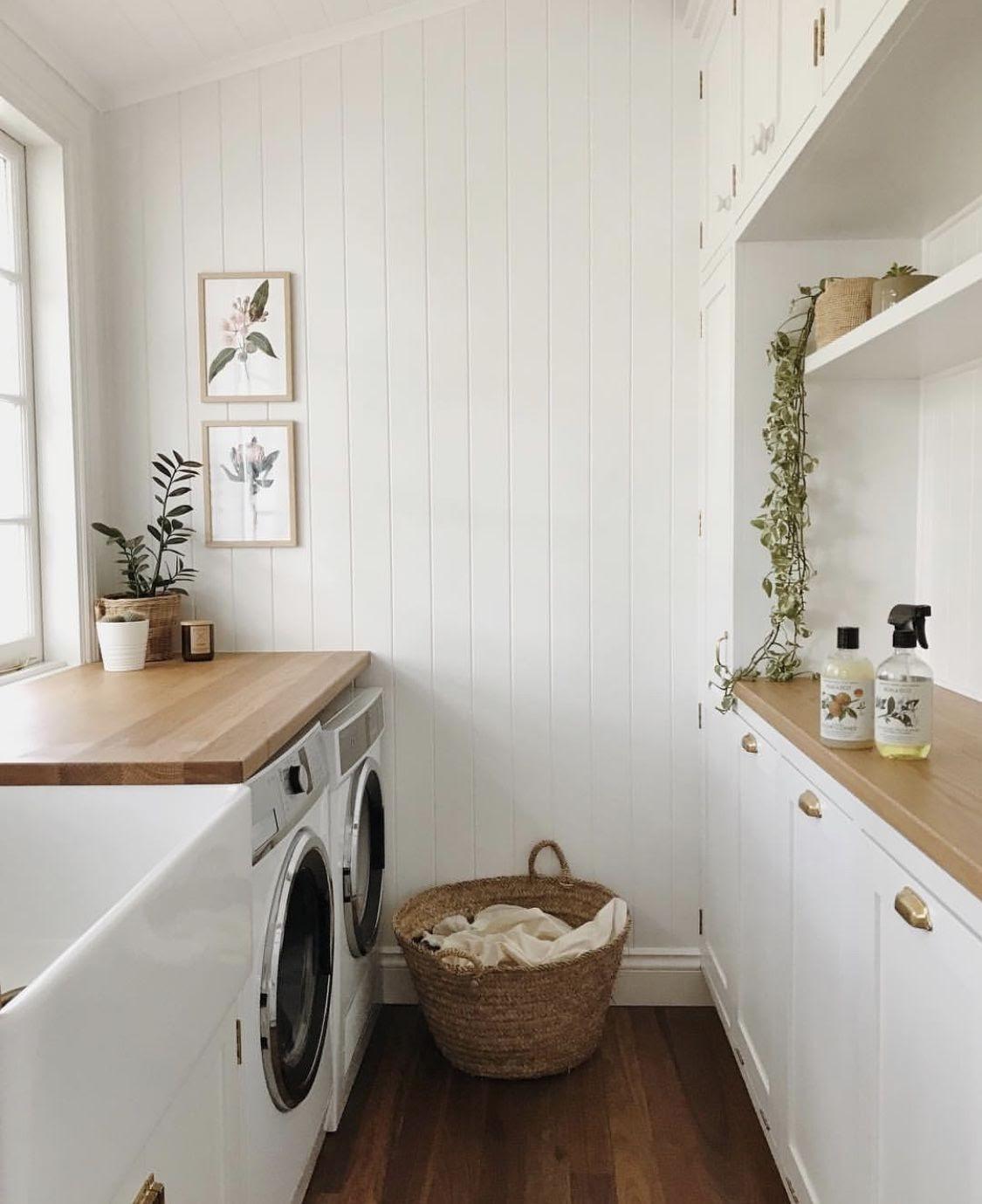 lavanderia área de serviço branca
