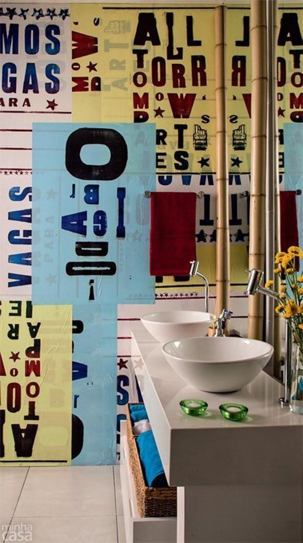banheiro parede de lambe-lambe