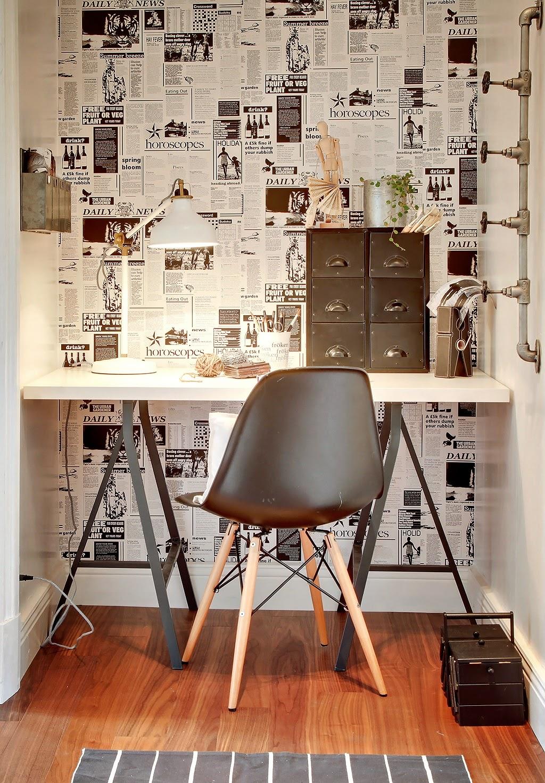 home office parede colagem com jornal