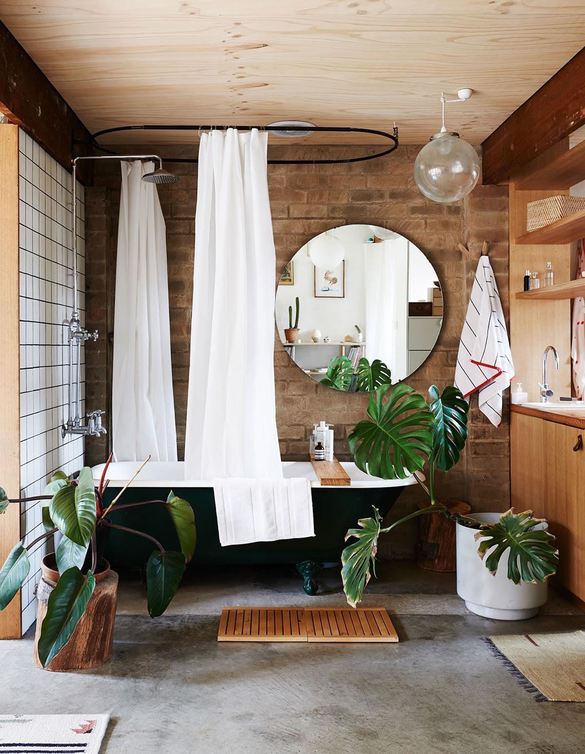 banheiro com elementos naturais