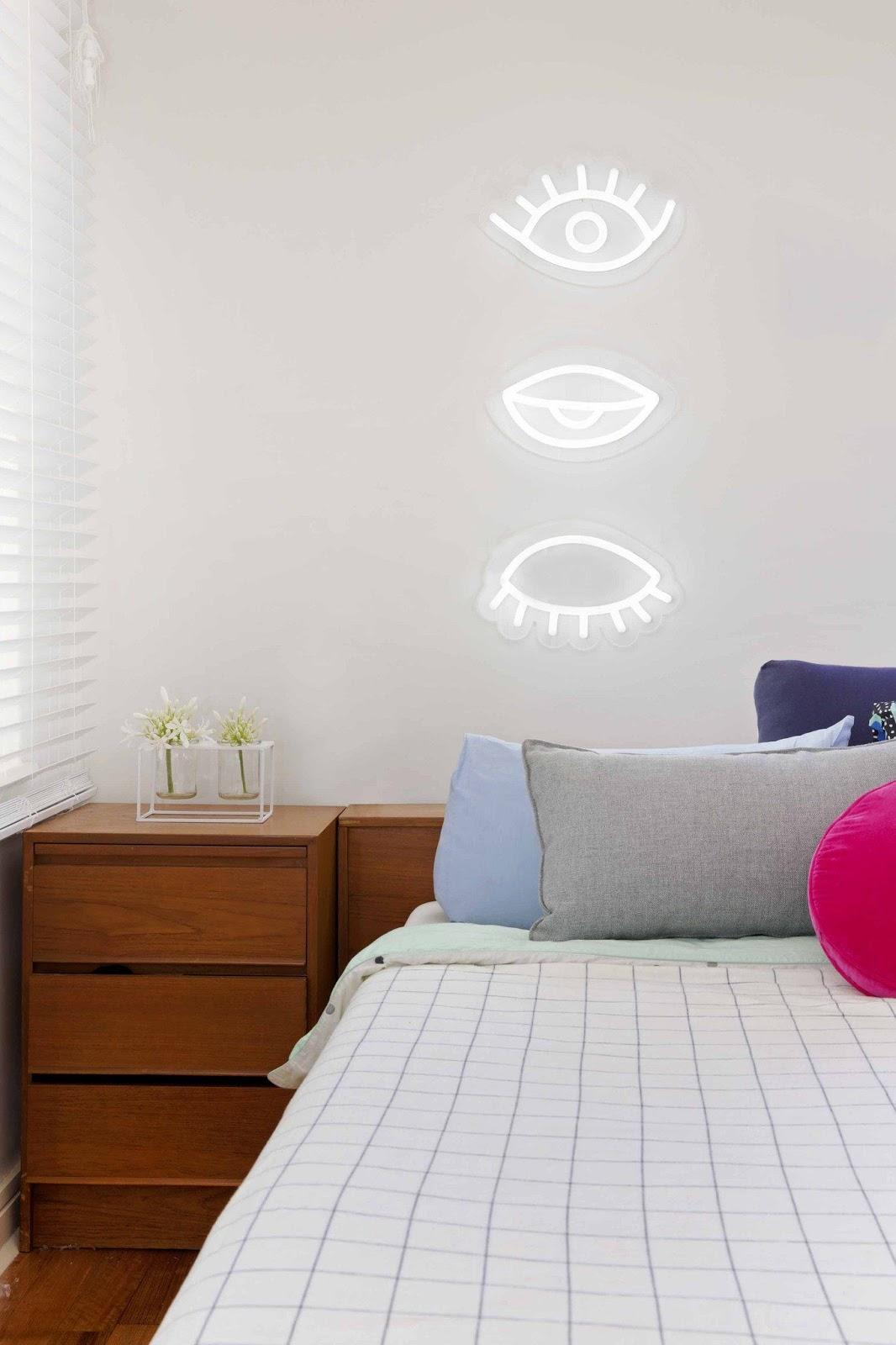 quarto neon