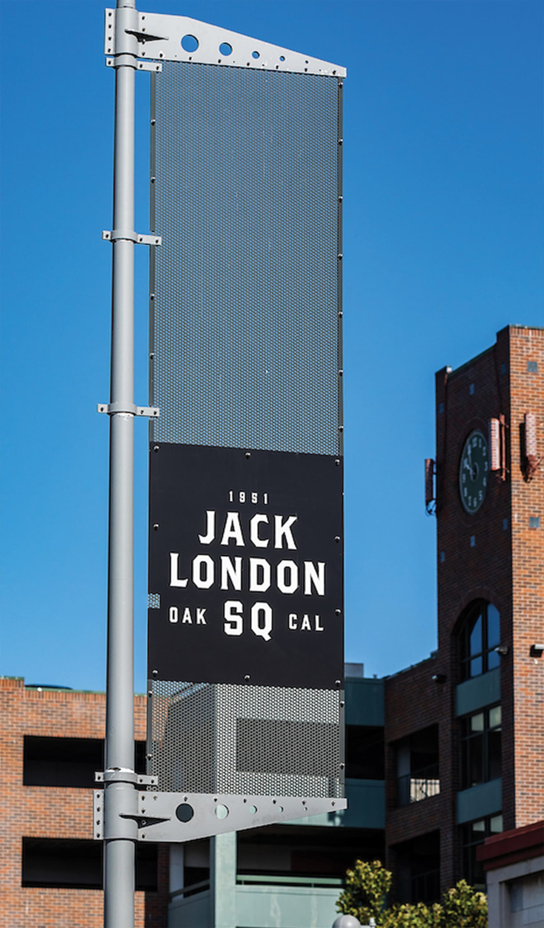 Jack London Square placemaking elements and identity signage.
