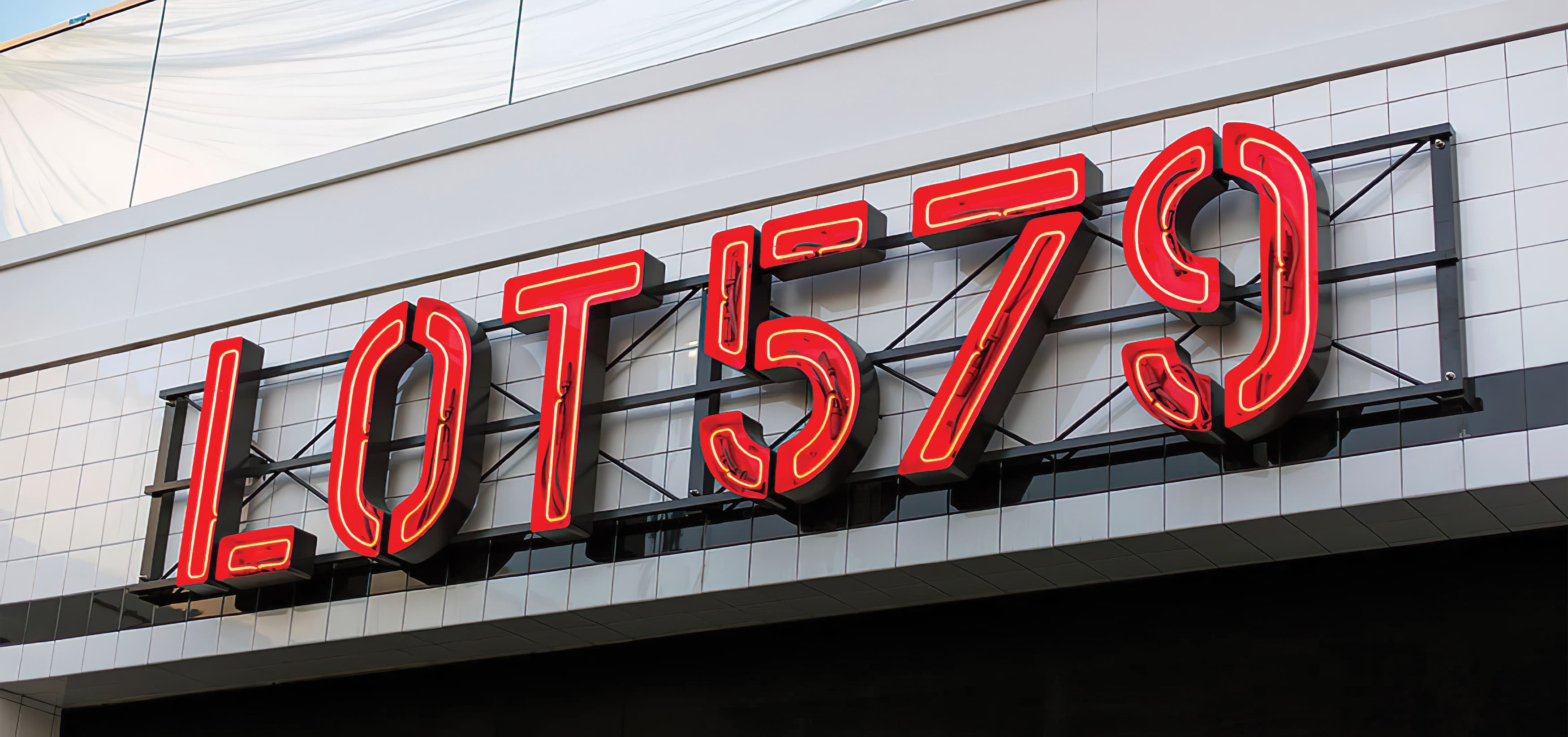 RSM Design worked to develop signage and environmental graphics for Lot 579, a Food Hall in the mixed-use retail development,Pacific City. Project Identity Signage.