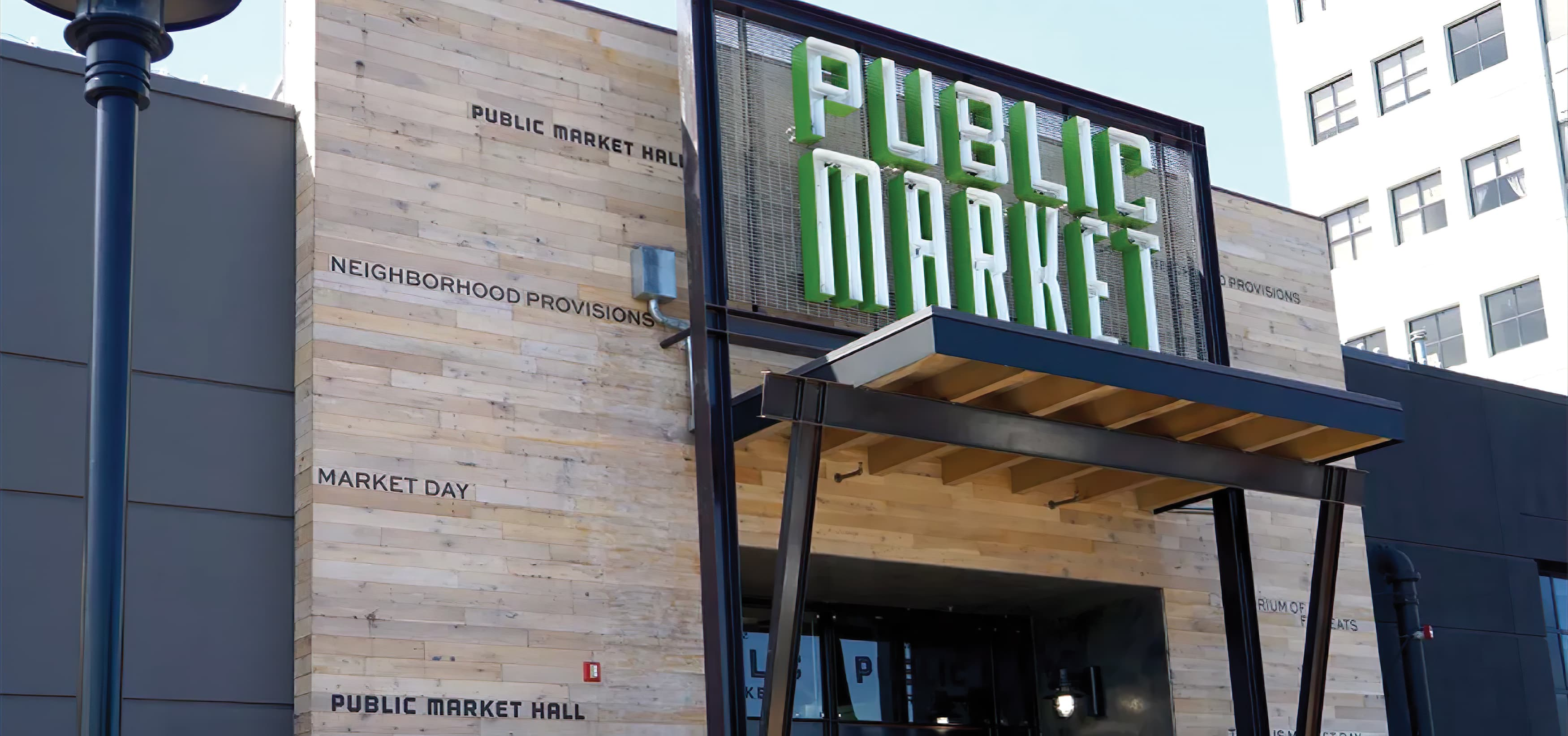 RSM Design worked with TMG Partners to develop signage and wayfinding program for Public Market, a dining and shopping center in San Francisco, California.