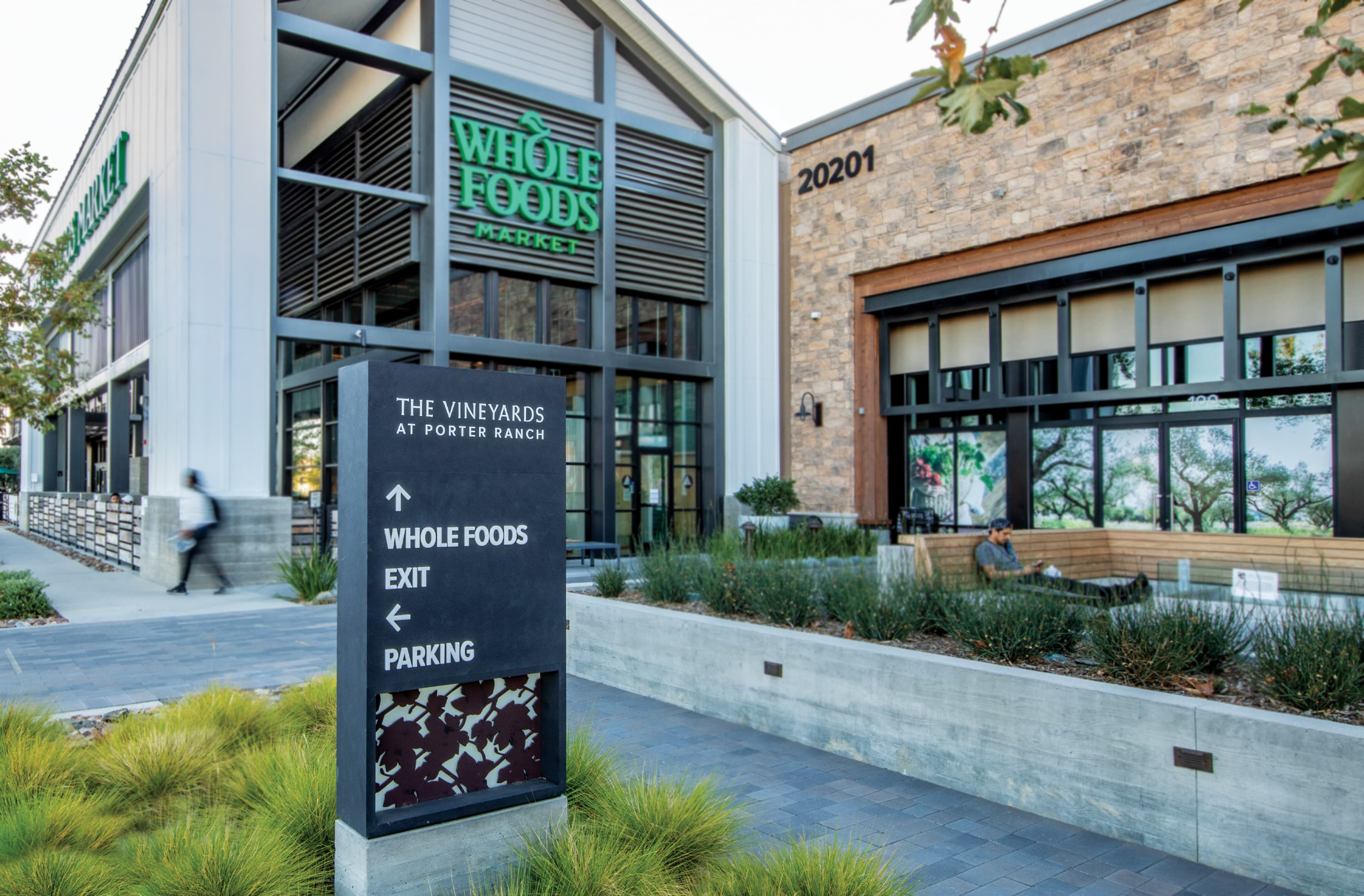 The Vineyard at Porter Ranch. Retail project vehicular directional wayfinding design.