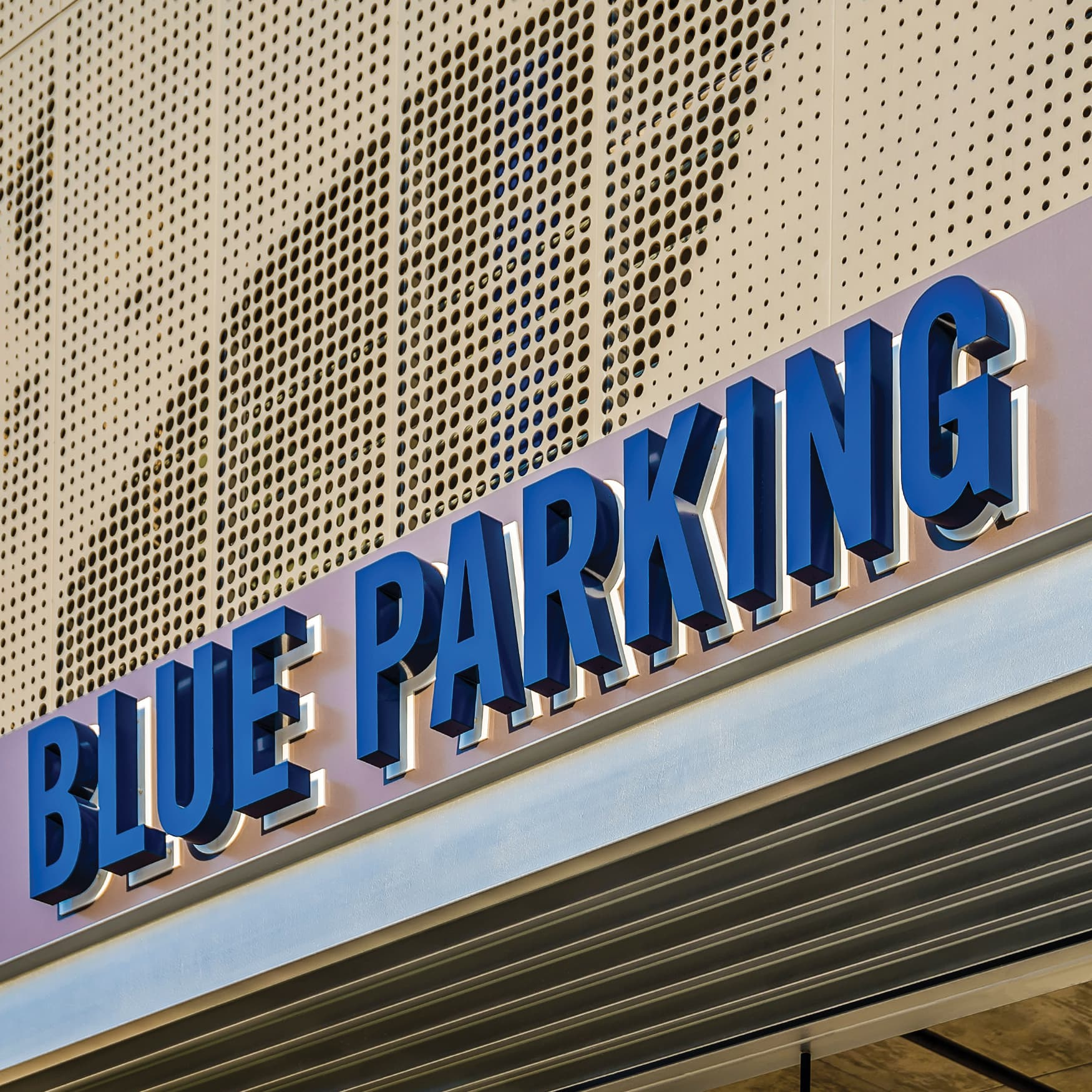 RSM Design Parking Garage Identity and Wayfinding Signage for The Star: Home of the Dallas Cowboys