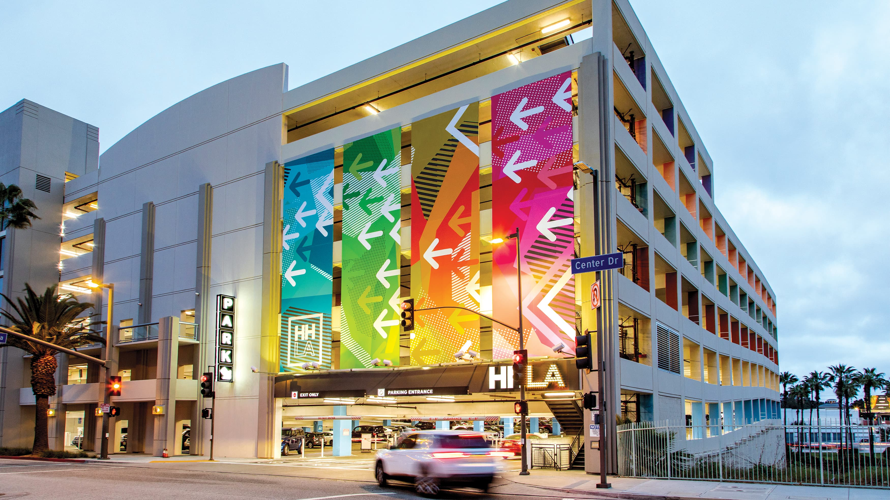 Environmental graphic design by RSM Design for HHLA's parking garages.