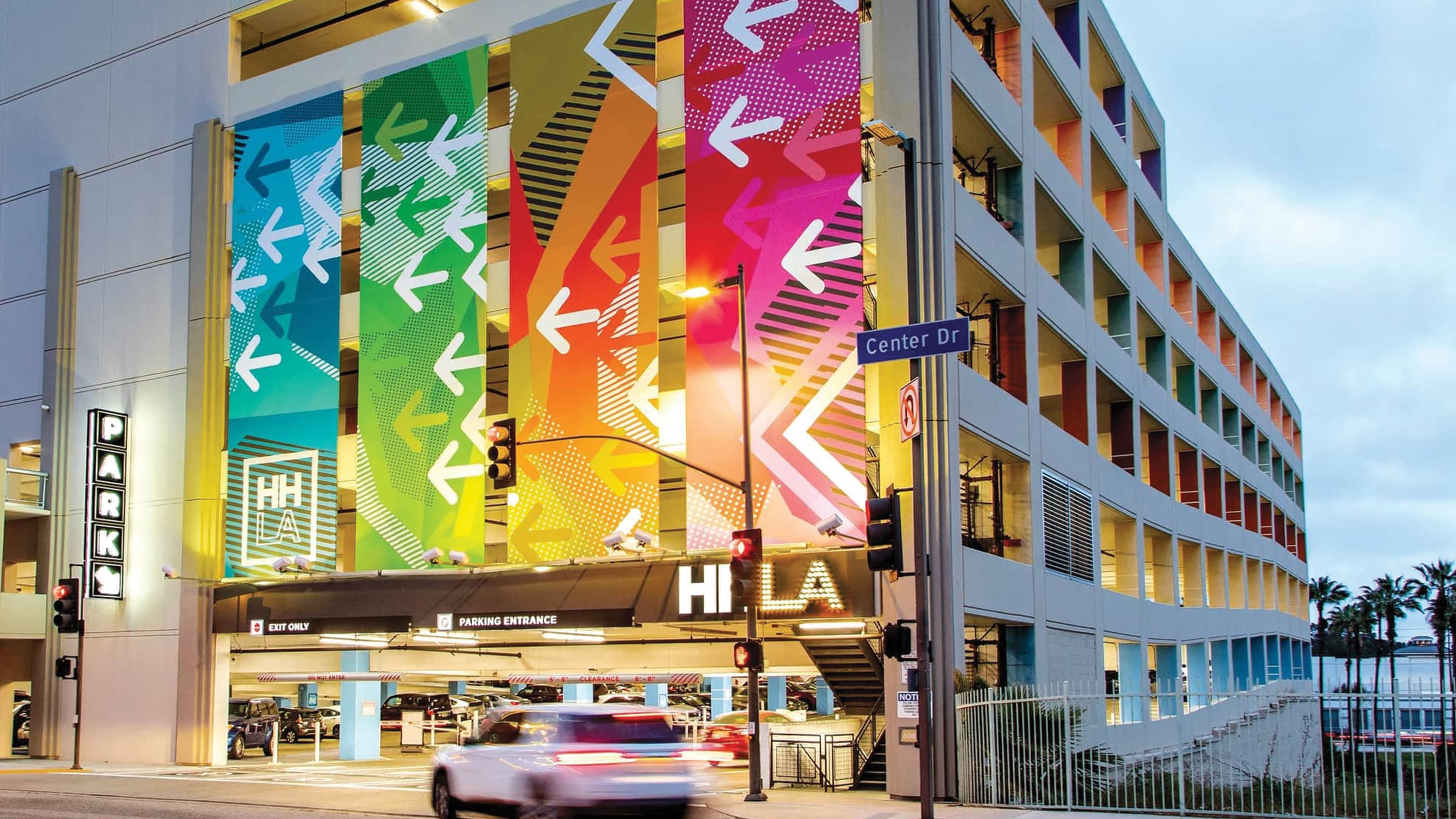 Specialty graphics and parking identity signage at HHLA parking structure