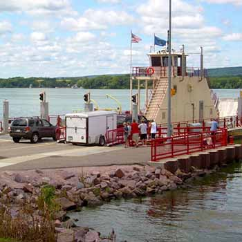System Integration and Connectivity goal: Image showing vehicles boarding the Merrimac Ferry (Colsac III)