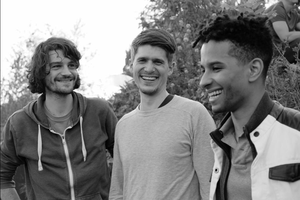 Foto der Unternehmensgründer von Nooxit: v.l. Jendrik Jördening, Patrik Mölk und David Weber.