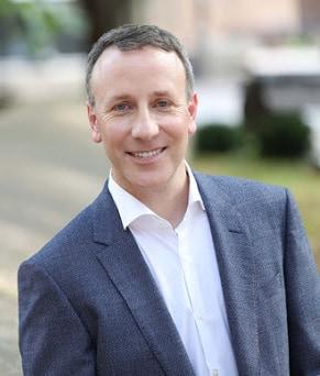Adam Toporek on creating personalized Customer service and digital transformation.
