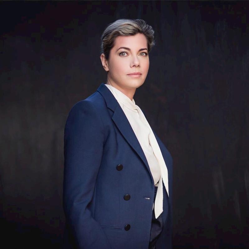 Dr. Anastassia Lauterbach The Artificial Intelligence Imperative