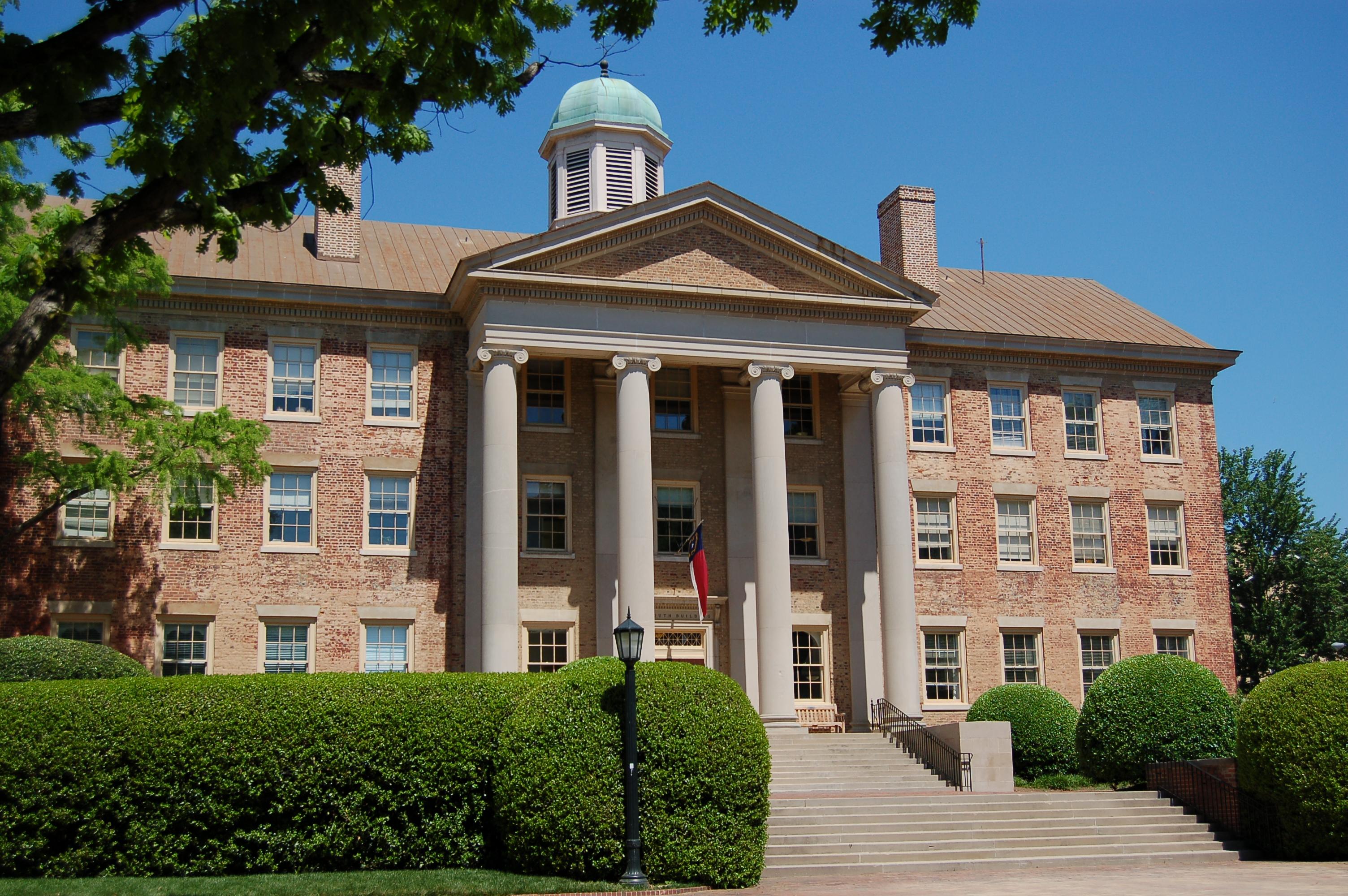 University of North Carolina Chapel Hill (UNC)