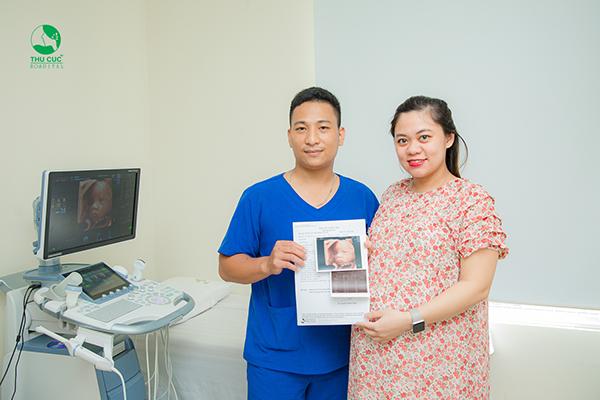 Siêu âm 5D để theo dõi những phản xạ của trẻ trong bụng