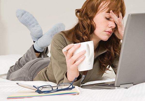 Phụ nữ stress thường xuyên có thể gây ra u nang buồng trứng
