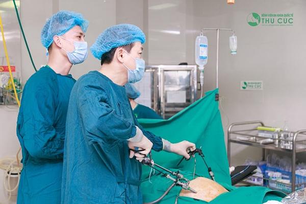 Phẫu thuật nội soi để cắt bỏ u nang buồng trứng