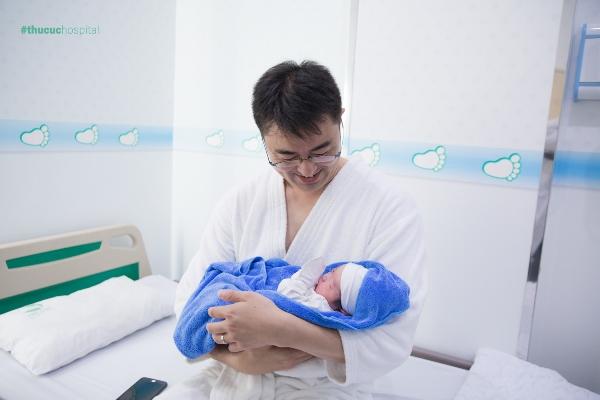 Bệnh viện Thu Cúc còn đón chào hàng ngàn em bé ngoại quốc như Nhật Bản, Hàn Quốc, Cuba...