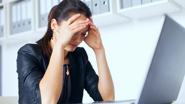 Căng thẳng stress là 1 trong những yếu tố làm tăng nguy cơ bị viêm đại tràng co thắt