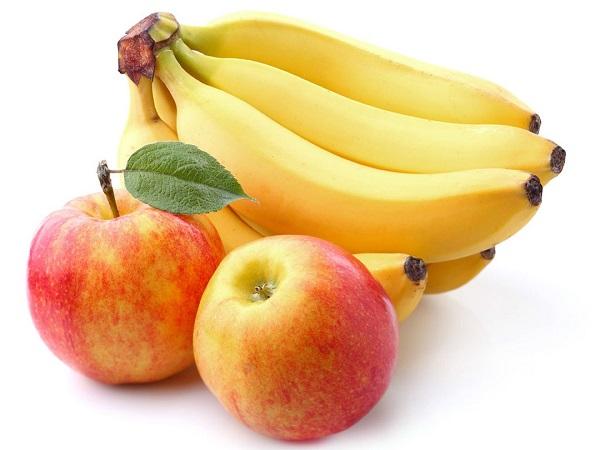 Chuối và táo là những loại quả tốt cho người bị đau dạ dày