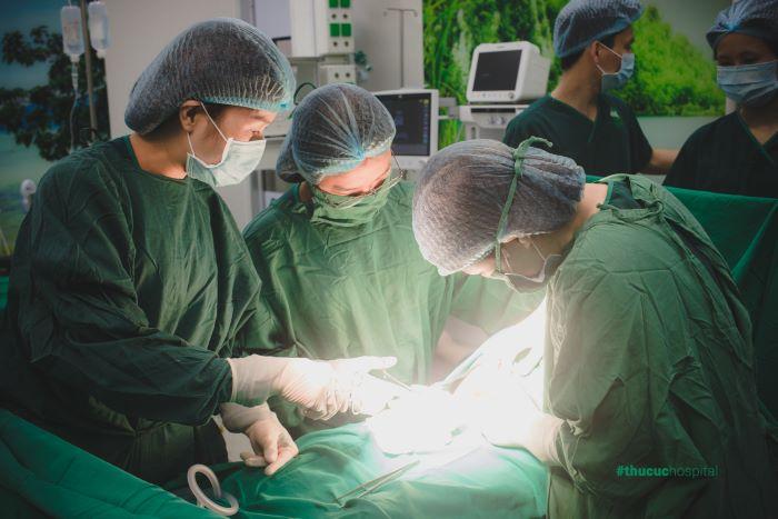 Phẫu thuật là phương pháp hàng đầu.