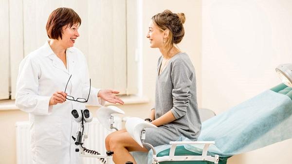 Thăm khám sức khỏe định kỳ là một biện pháp phòng ngừa tốt nhất các bệnh lý phụ khoa, trong đó có các bệnh lý gây ra tình trạng trễ kinh