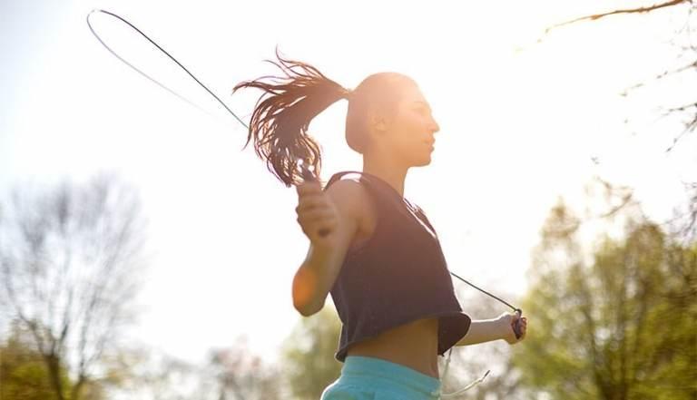 Tập luyện để nâng cao miễn dịch, ngăn ngừa nấm xâm nhập.