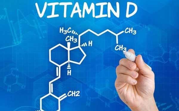Vitamin D là hợp chất tan được trong chất béo. Có chức năng tăng cường khả năng hấp thu canxi và phosphat ở đường ruột.