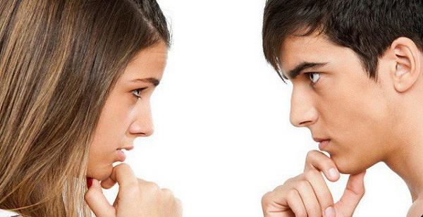Nhìn nhau không làm lây bệnh đau mắt đỏ