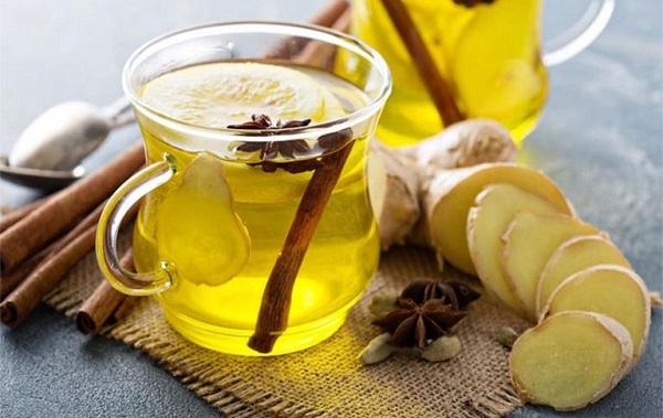 Sử dụng trà gừng giúp mẹ giảm tình trạng buồn nôn