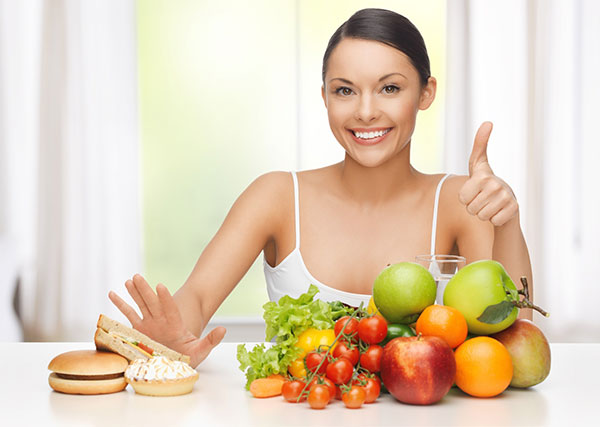 Chế độ ăn uống và sinh hoạt là chìa khóa điều trị táo bón
