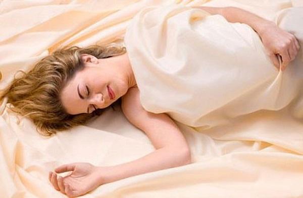 Viêm lộ tuyến cổ tử cung không được điều trị dứt điểm sẽ dẫn đến nhiều bệnh phụ khoa nguy hiểm