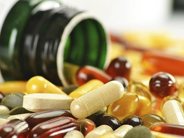 Nhiều mẹ bầu được chỉ định bổ sung Vitamin để giảm triệu chứng ốm nghén