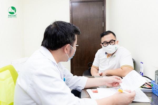 Người bệnh cần thăm khám và điều trị với bác sĩ chuyên khoa tại cơ sở y tế uy tín