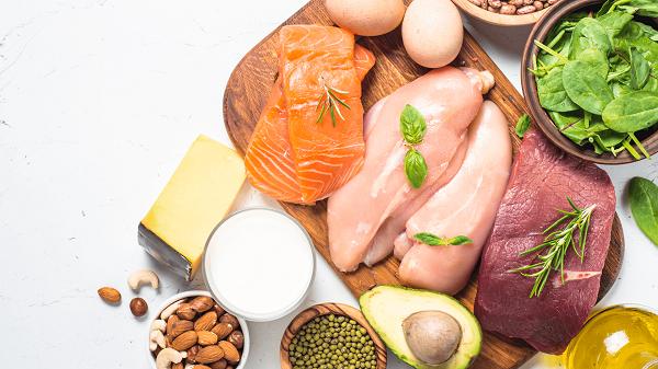 Chế độ ăn uống góp phần kiểm soát hội chứng thận hư