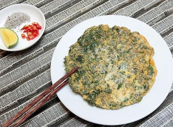 Món ăn trứng lá ngải cứu giúp giảm đau bụng kinh nhanh chóng và hiệu quả