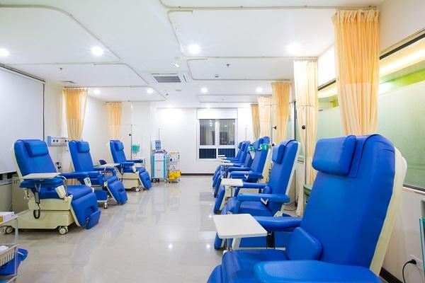 Bệnh viện Đa Khoa Quốc tế Thu Cúc luôn nỗ lực đưa ra những phác đồ điều trị hiệu quả giúp bệnh nhân ung thư kéo dài sự sống