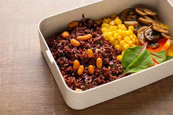 Gạo lứt, ngô, khoai... là những loại tinh bột ít carbohydrate