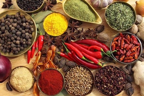 Thực phẩm cay nóng gây hại cho gan, khiến tình trạng gan nhiễm