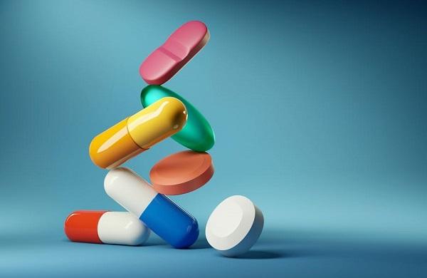 Kháng sinh mạnh gây mất cân bằng hệ vi sinh đường ruột, gây ngứa hậu môn