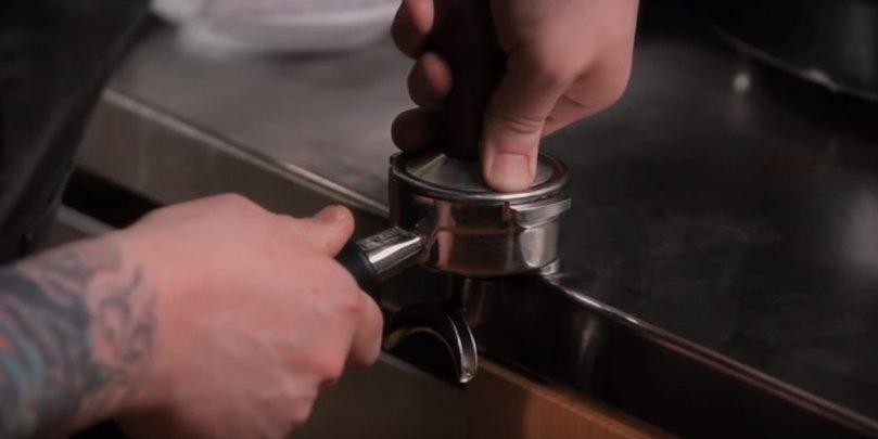 how to make espresso step 6 tamping