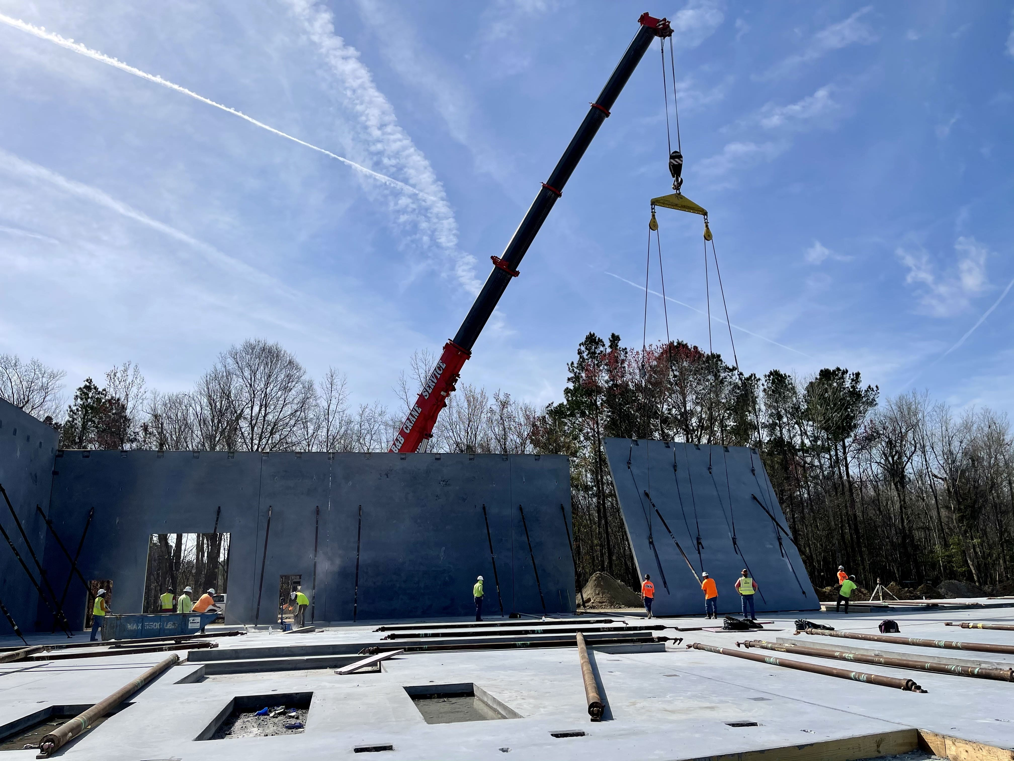 Triad - Tiltup panel erection - Industrial Building in North Charleston, SC